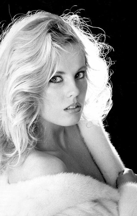 Pamela Zinszer nude 505